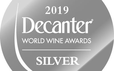 Sfera Black 2016 takes Silver and 90 Points at Decanter Asia